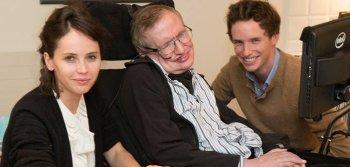 Eddie-Redmayne-Felicity-Jones-Stephen-Hawking-Theory-Everything-